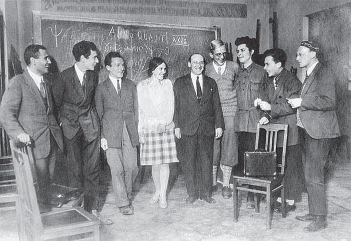 Исторический семинар Д.Д. Иваненко, воспитавший несколько поколений теоретиков СССР